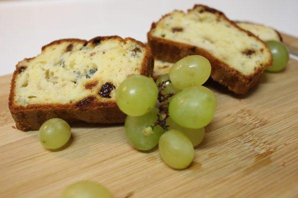 cake au roquefort et raisin