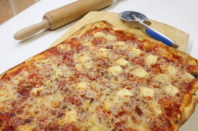 pizza jambon chèvre