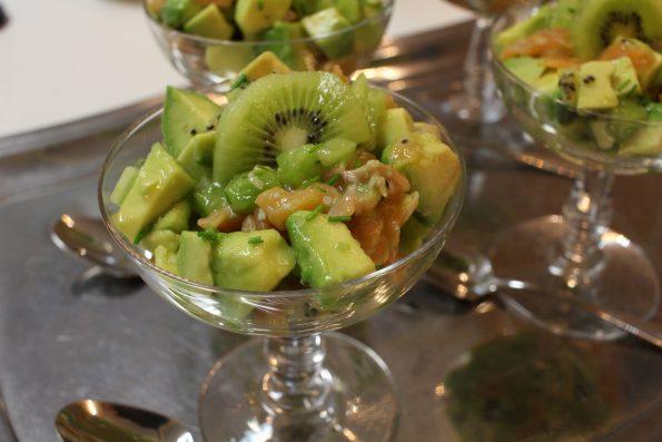 salade avocat saumon kiwi