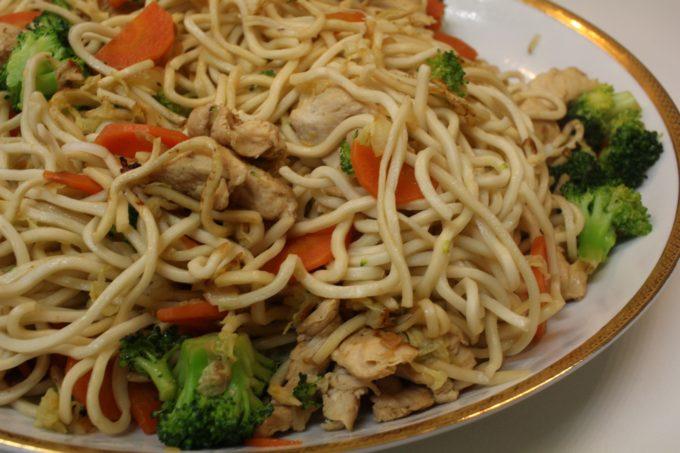 nouilles sautées chinoises