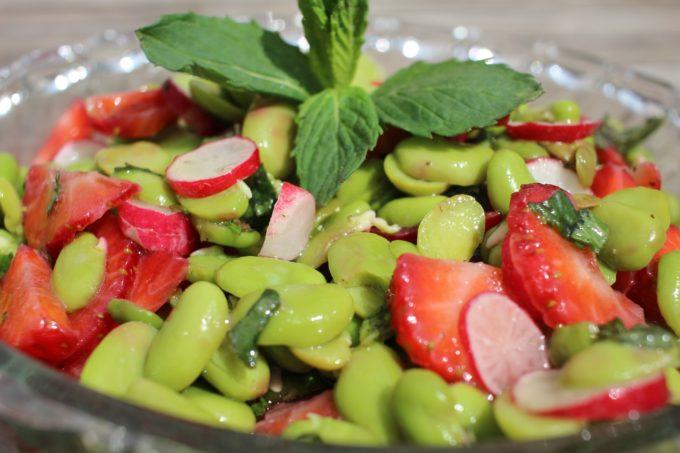 salade fèves fraises