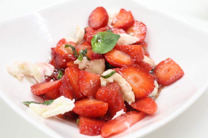 salade de fraises basilic